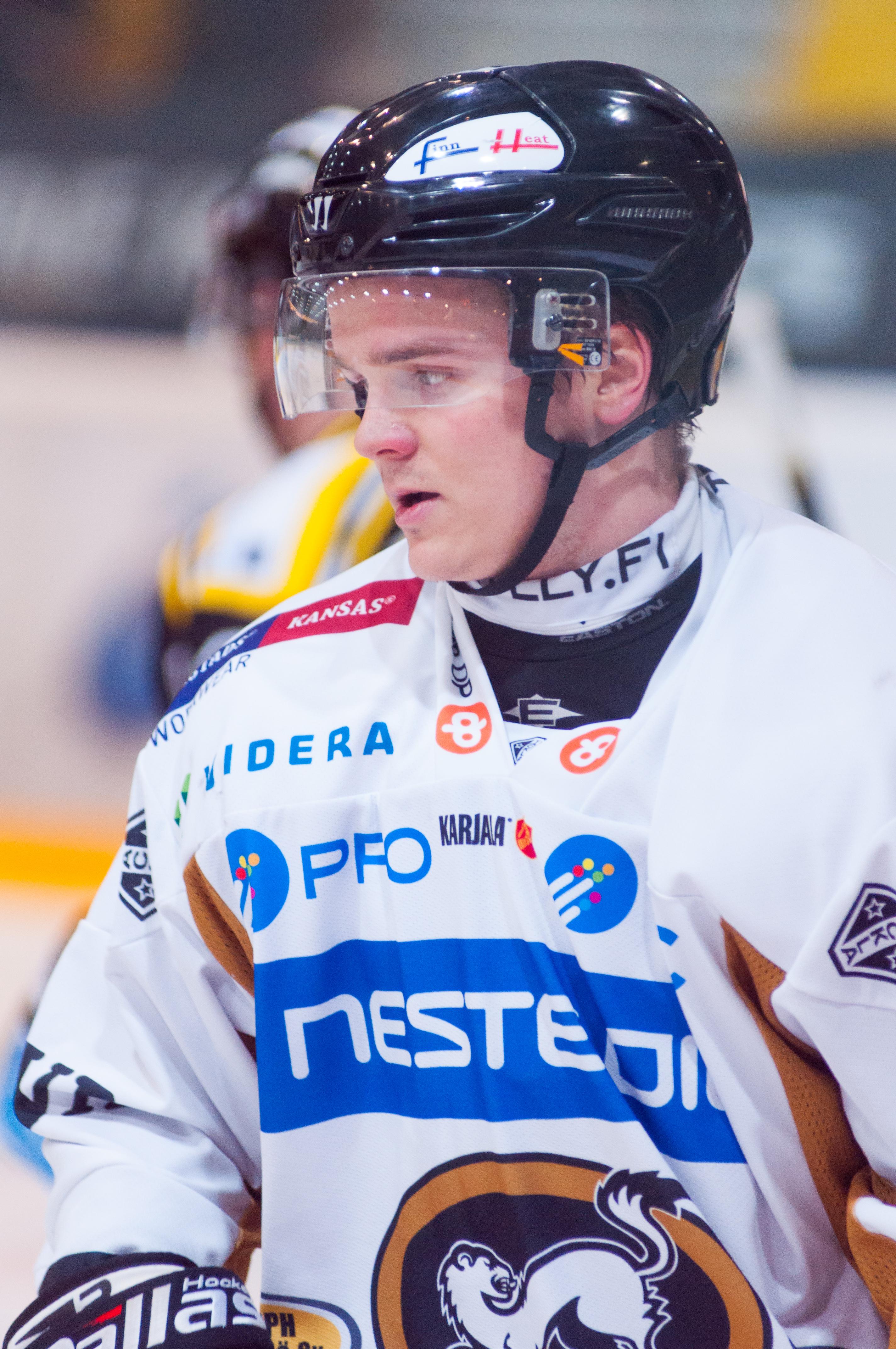Liigan viime kauden parhaalle pelaajalle potkut KHL-seurasta