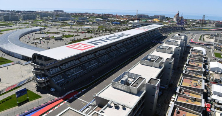 F1 -Ennakko: Jatkuuko Lewis Hamiltonin dominointi myös Venäjällä?