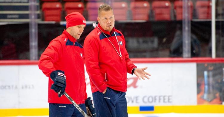 Ari-Pekka Selinille kenkää – Jarno Pikkarainen HIFK:n vastuuvalmentajaksi
