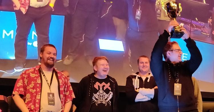 Pelaajat.comin Dota 2 joukkue on LanTrek mestari 2019