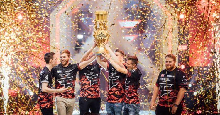 """Anssi """"mxey"""" Pekkosen edustama FaZe Clan GLL Grand Slamin voittoon"""