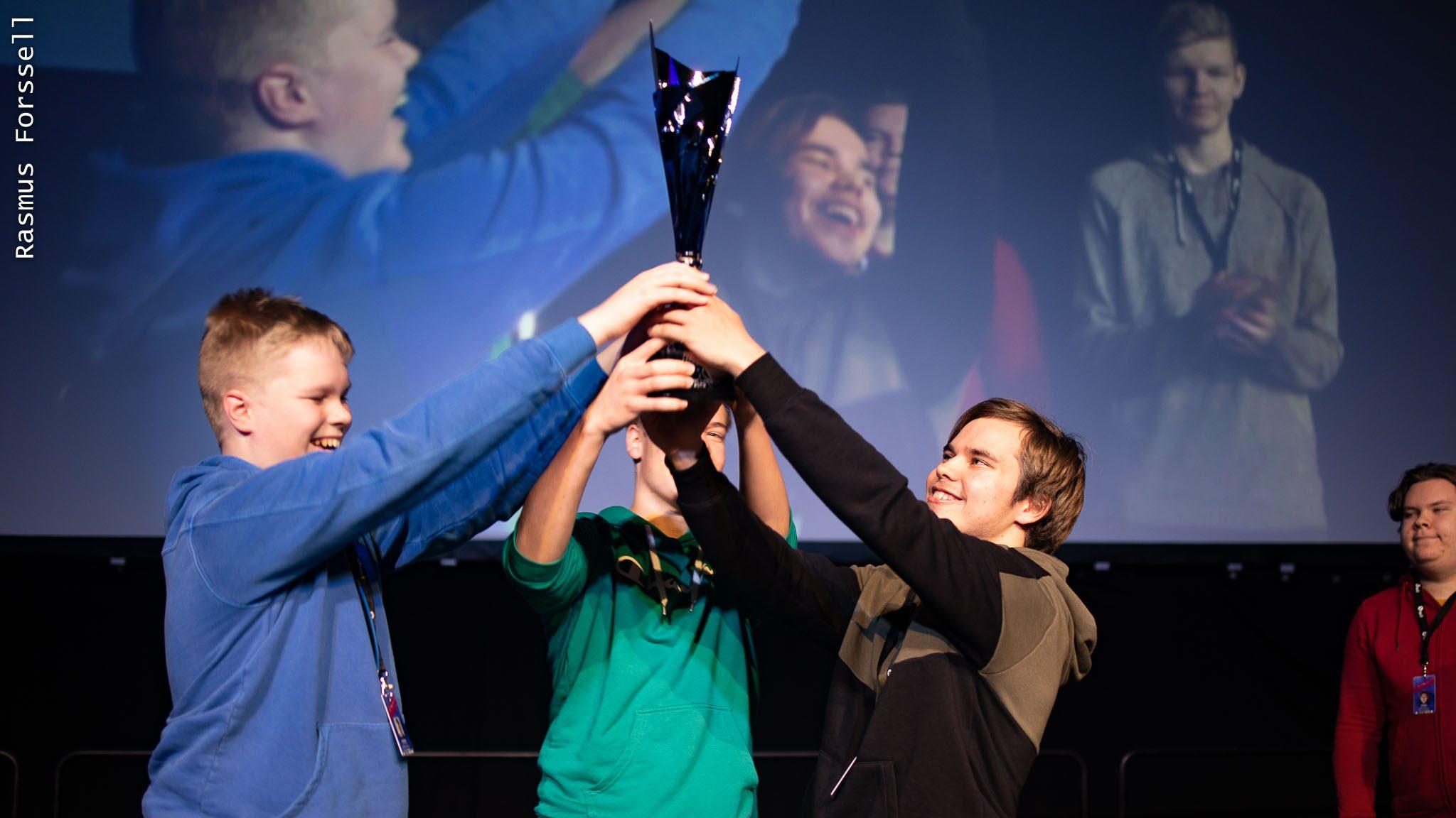 Rocket Leaguen ensimmäinen suomenmestari selvillä – Kasualii voittoon vastoin odotuksia