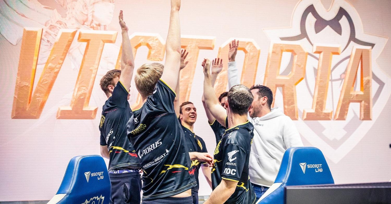League of Legendsin MM-finalistit selvillä – Näin ennakkosuosikki kaatui semifinaaleissa