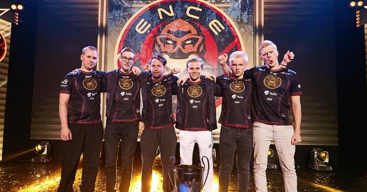 Joulukalenteri luukku #1: ENCEn ensimmäinen suuri CS:GO-turnausvoitto