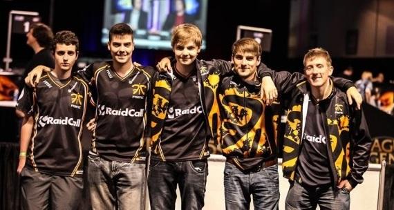 Joulukalenteri luukku #3: Suomalaiselle kultaa League of Legendsin MM-kisoista 2011